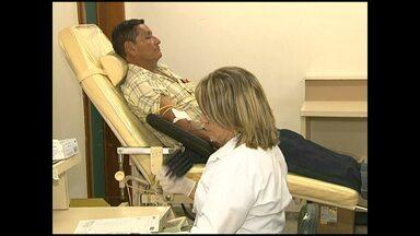 Hemopa faz campanha de doação de sangue em clima de copa - A meta é envolver os torcedores em ação solidária para atingir a meta de 150 doações em uma semana.
