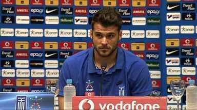 Veja como foi a primeira coletiva de imprensa da Seleção da Grécia - Jogadores gregos falam sobre estadia em Sergipe e expectativa para estreia na Copa do Mundo