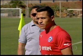 Esporte: Seleção do Chile vive dilema antes da Copa do Mundo - Atacante proporciona alívio para time.