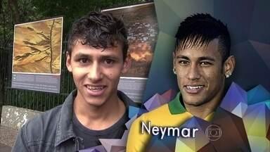 Serginho Groisman apresenta o quadro Com Quem Pareço - Pessoas contam com qual jogador elas se parecem