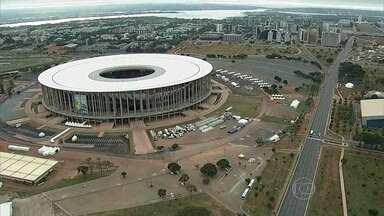 Esquema especial de trânsito é implantado em Brasília - Faltando poucas horas para o terceiro jogo do Brasil na Copa do Mundo, Brasília recebeu novo esquema de trânsito. A partida desta segunda-feira vai definir o futuro da seleção brasileira na competição.