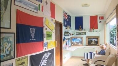 Estrangeiros escolhem Ubatuba, SP, para se hospedar durante a Copa - Região não tem nenhuma cidade-sede da Copa do Mundo da Fifa, mas muitos turistas estão nas cidades do litoral.