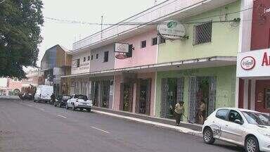 80% dos lojistas de Porto Ferreira notaram redução do faturamento na venda de cerâmicas - 80% dos comerciantes de Porto Ferreira notaram redução do faturamento na venda de cerâmicas de decoração
