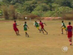 Copa do Mundo incentiva a prática do futebol por muitas crianças - Copa do Mundo incentiva a prática do futebol por muitas crianças