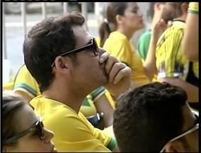 Equipe de reportagem acompanha torcedores durente partida entre Brasil e Chile - Brasil ganhou do adversário no Mineirão.