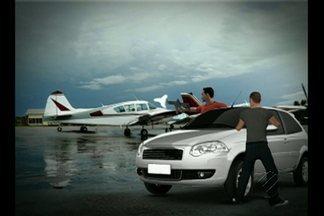 Bando armado assalta avião que transporta malote de dinheiro no PA - Suspeitos abordaram aeronave no aeroporto de São Félix do Xingu.