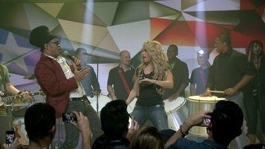 Shakira canta música da Copa Dare (La La La) - Shakira canta no palco do Fantástico.