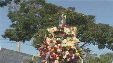 Romaria de Aparecidinha reúne fiéis em Sorocaba - Romaria de Aparecidinha reúne fiéis em Sorocaba. Confira como foi a celebração.