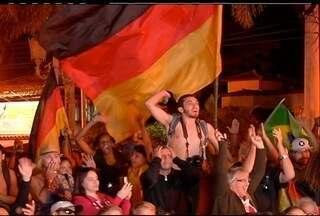 Depois de jogo acirrado contra a Argentina, Alemães comemoram vitória em Búzios, RJ - Alemanha venceu a Copa do Mundo por 1 a 0 contra a Argentina.