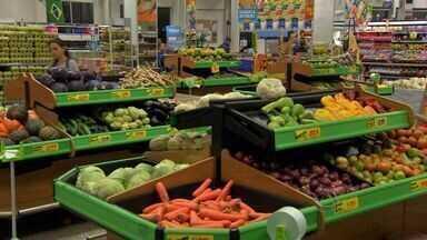 Produtos de hortifrúti ajudam inflação se manter estável em Campo Grande - Mesmo com alguns meses estáveis, a inflação continua preocupando. Atualmente o índice em campo Grande está em 5,86% acima da meta do governo, que é 4,5%