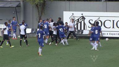 Santos disputa jogo-treino contra o SEV-Hortolândia - Santos disputa jogo-treino contra o SEV-Hortolândia. Alvinegro Praiano goleou por 4 a 0.