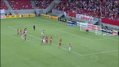 Na série B, Boa Esporte consegue segunda vitória seguida - Equipe mineira foi a Pernambuco e ganhou do Náutico.