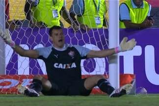 Vitória fica no 0 x 0 e permanece na zona de rebaixamernto do Brasileirão - Rubro-negro baiano enfrentou o Corinthians, em São Paulo.