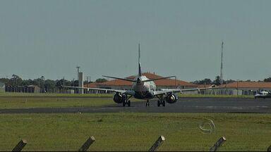 Obras em pista de aeroporto em Campo Grande vão causar mudanças em horários de voos - Saiba quais são os direitos dos consumidores que tiveram que se reorganizar para não perder a viagem