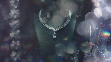 Abertura de 'Império' tem versão de 'Lucy In The Sky With Diamonds', dos Beatles - Produção mostra como é feita uma joia preciosa