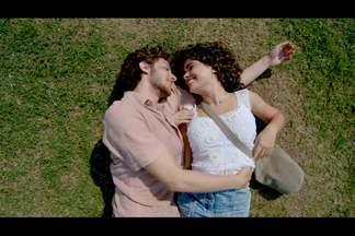 Eliane e José Alfredo trocam declarações de amor - Os dois mantém o caso e José Alfredo propõe eles fujam