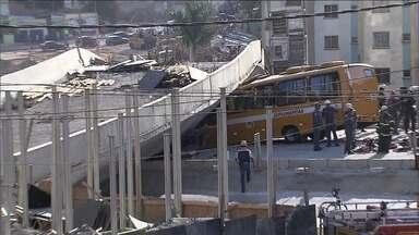 Prefeitura de BH decide demolir alça restante do viaduto que desabou - Moradores dos condomínios vizinhos começaram a ser cadastrados nesta quarta-feira (23) e vão ter que sair dos apartamentos.