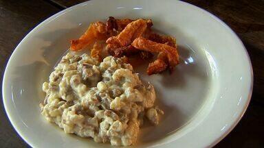 Feijão verde, carne de charque e milho: conheça o prato Chico Doido - Veja esta e outras receitas do NE Rural em G1.Globo.com.