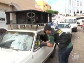 Secretaria de Meio Ambiente em Picos realiza recadastramento de carros de som - Secretaria de Meio Ambiente em Picos realiza recadastramento de carros de som