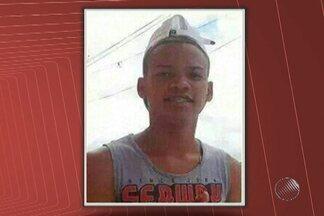 Adolescente é encontrado morto em Salvador - Segundo testemunhas, ele foi confundido com um dos suspeitos de matar um policial militar.