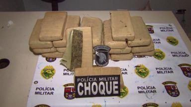 Polícia encontra quase 15 quilos de maconha em matagal - Ninguém foi preso