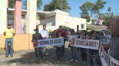 Monitoras de creches municipais entram em greve em Eldorado - Profissionais paralisaram as atividades no Vale do Ribeira.