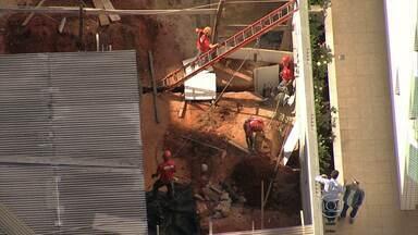 Operário morre soterrado em obra no Nova Suiça, em BH - Ele trabalhava na construção de um fosso