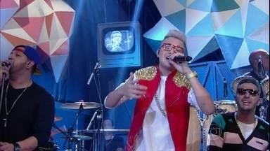 MC Gui faz uma versão do sucesso da banda Pollo - Cantor se apresenta com a música ''vagalumes''