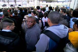 Mobilidade urbana é um dos desafios do próximo governador - A população sofre para ir de casa para o trabalho e do trabalho para casa. Esse é um dos problemas mais graves da Grande São Paulo que terá ser enfrentado pelo próximo governador.