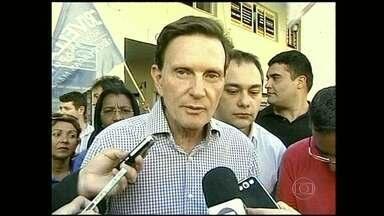 Marcelo Crivella faz campanha na Região Serrana - O candidato Marcelo Crivella fez campanha em municípios da Região Serrana.