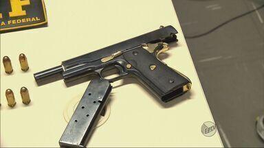 Homem é preso com arma com numeração raspada em Pouso Alegre (MG) - Homem é preso com arma com numeração raspada em Pouso Alegre (MG)