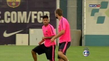 Neymar volta a treinar no Barcelona após fratura - Expectativa do departamento médico do clube espanhol é de que Neymar possa atuar, alguns minutos, contra o León, do México, no dia 18.