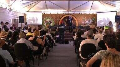 Empresários e produtores rurais participam de rodada de negócios na Exposul - Empresários e produtores rurais participam de rodada de negócios na Exposul em Rondonópolis.
