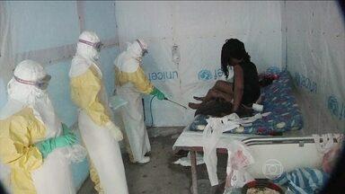 Surto de ebola atinge regiões populosas da África - A OMS está em alerta. Mais de mil pessoas já morreram com o surto da doença. O vírus já existe há muitos anos, mas é a primeira vez que chega a regiões muito populosas da África.