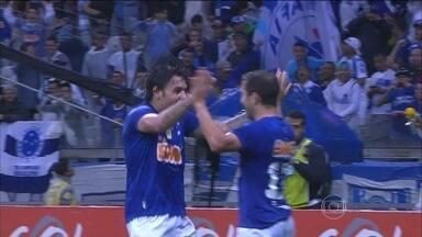 Após empates, Cruzeiro quer usar sequência em casa para aumentar vantagem no Brasileirão - Torcedores esbanjam confiança na Raposa. Comentaristas exaltam favoritismo do time.