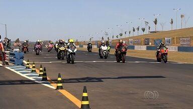 Agetop libera corridas de Moto GP em Goiânia - Provas da categoria haviam sido suspensas após irregularidades na abertura do Campeonato Goiano. Administração e Federação de Motociclismo entram em acordo.