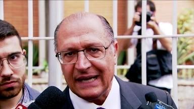 Geraldo Alckmin vai ao centro de monitoramento da polícia - Geraldo Alckmin destacou qual será o papel da tecnologia no combate ao crime, em um eventual segundo mandato.