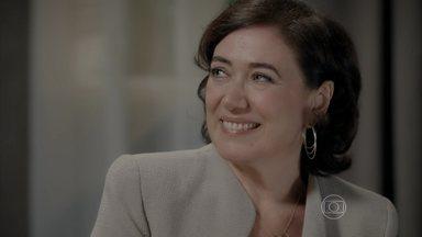 Maria Marta oferece dinheiro para Cristina - Ricaça está determinada a fazer a jovem sumir da vida de sua família