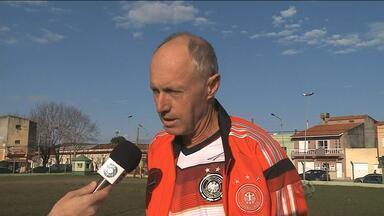 Gaúcho segurança da Alemanha durante a Copa conta sobre os bastidores do título - Assista ao vídeo.