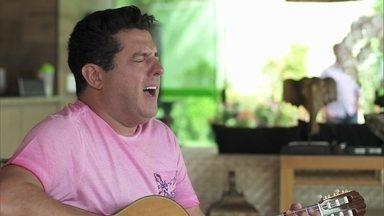 Sertanejos Bruno e Marrone cantam com Michel Teló - Sertanejos Bruno e Marrone cantam com Michel Teló.