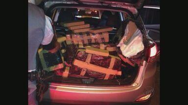 Polícia Militar apreende 515 quilos de maconha em Bebedouro (SP) - Droga estava dentro de um carro em um motel próximo a Rodovia Armando Sales Oliveira.