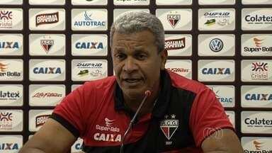 Atlético-GO recebe o Sampaio Corrêa no Serra Dourada - Dragão espera voltar a vencer após derrota fora de casa para encostar no G-4 da Série B.