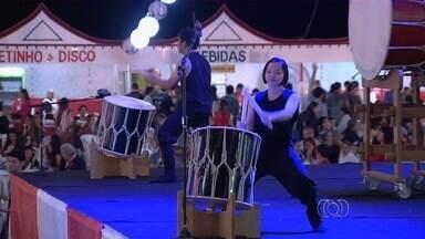 Goiânia sedia festival que valoriza cultura e religiosidade japonesa - A comunidade japonesa em Goiás está em festa neste fim de semana. O Festival Bom Odori valoriza a religiosidade e a dança e é realizado em Goiânia.