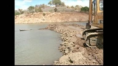 Seca do rio São Francisco afeta agricultores de MG - Os agricultores do norte de Minas Gerais estão preocupados com a seca do rio São Francisco. A área plantada precisou ser reduzida e há dificuldade para escoar a safra.