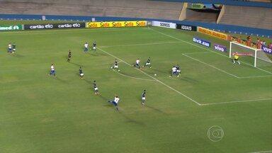 Cruzeiro vence o Goiás e aumenta vantagem na classificação do Campeonato Brasileiro - Veja os principais lances.