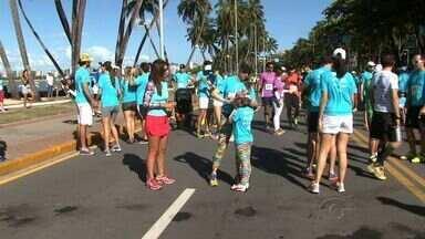 Cerca de 600 competidores participaram de corrida na Orla de Pajuçara - Competição, que aconteceu no domingo (24), teve um objetivo especial.