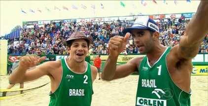Álvaro Filho e Pedro Solberg vencem etapa do Circuito Mundial de vôlei de praia - Paraibano e carioca derrotam os letões Samoilovs e Smedins por 2 sets a 1 (15/21, 21/17 e 15/12), no Grand Slam de Stare Jablonki
