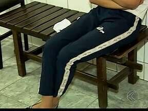Aluna tem parte de orelha arrancada em briga dentro de escola em MG - Discussão começou após xingamentos; caso foi parar na Delegacia.Menina foi levada por professores ao Hospital Regional de Patos de Minas.