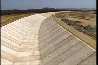 Transposição do Rio São Francisco entra em fase de Pré-operação - Já tem água em uma pequena parte do eixo norte, em Cabrobó.