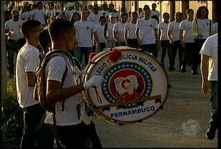 Estudantes de colégio militar se preparam para desfile cívico - O desfile de independência será neste domingo (7).